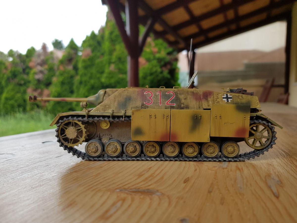 a tankok világa 8.8 a lányom anyjától való társkereső szabályai